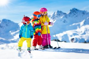 jak dopasować narty dla dziecka