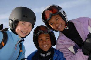 kask narciarski dziewczęcy